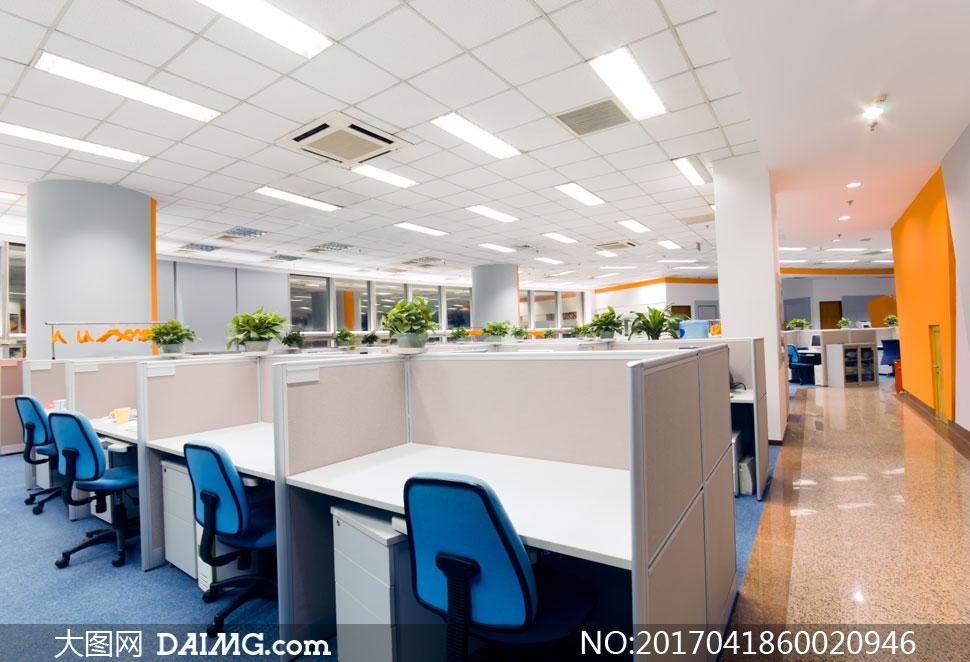 图装潢房间办公区办公桌桌子椅子桌椅办公室灯光照明格子间过道装修图片