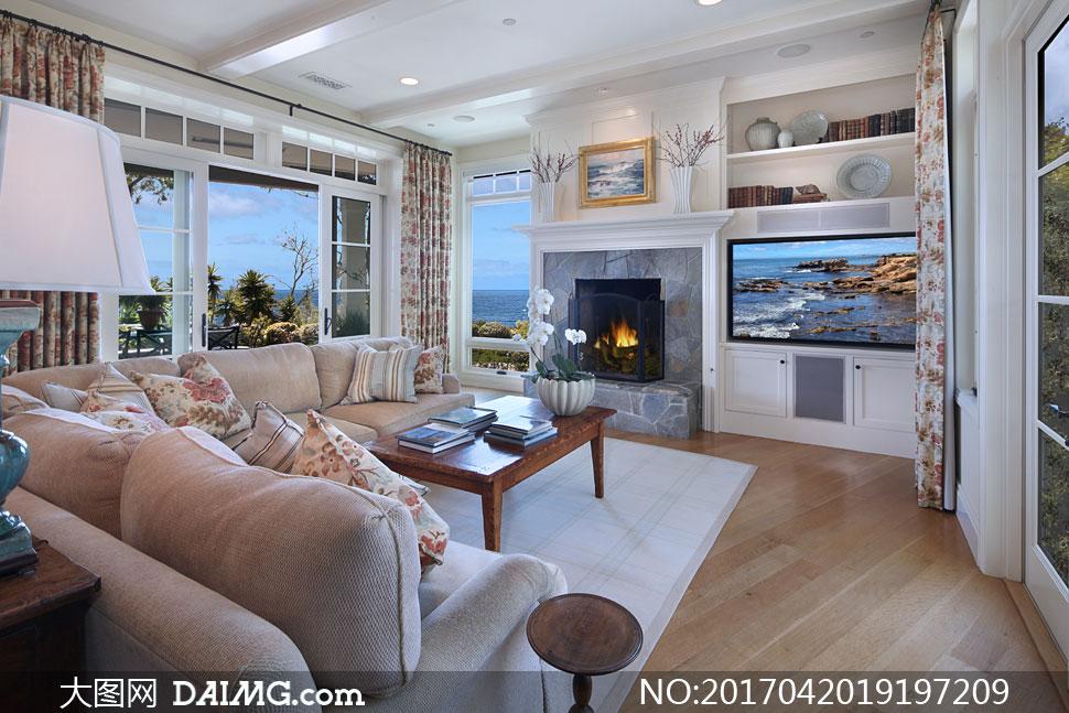 客厅电视机与茶几陈设摄影高清图片