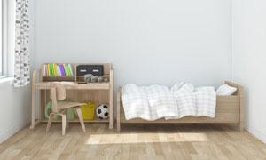 房间儿童床与原木色的桌椅高清图片