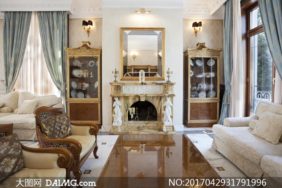 客厅沙发与陈列柜壁灯摄影高清图片