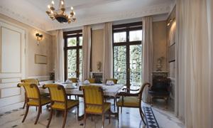欧式餐厅房间桌椅摆设摄影高清图片