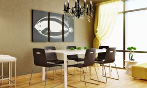 餐桌椅子与三联无框画摄影高清图片