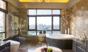 浴室马桶与淋浴房浴缸摄影高清图片