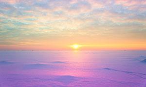 冰天雪地与绚丽的云彩摄影高清图片