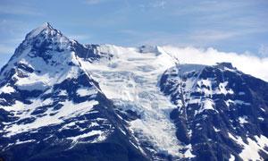 蓝天与白雪皑皑的高山摄影高清图片