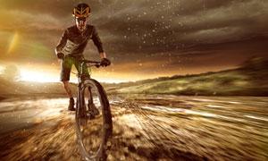 山间平地环境骑车人物摄影高清图片