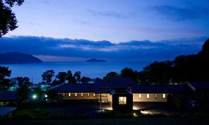 旅游观景房黄昏美景摄影图片
