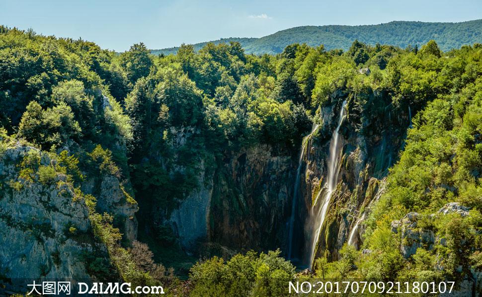 高清大图素材图片摄影自然风景风光瀑布植物植被树木树丛岩石山石悬