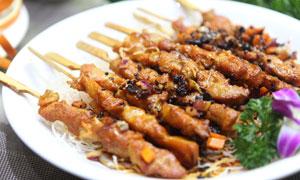 骨肉相连特色小吃美食摄影图片