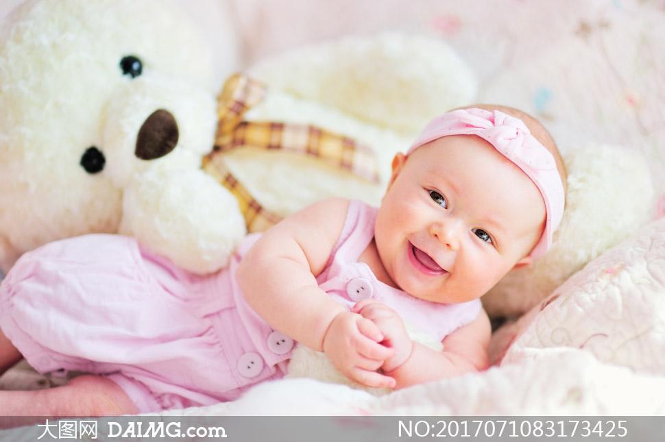 大图首页 高清图片 可爱宝宝 > 素材信息          睡着手里还攥着
