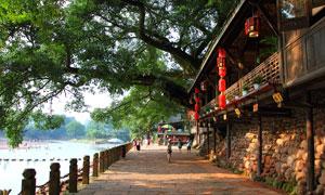 柳江古镇河边景色摄影图片