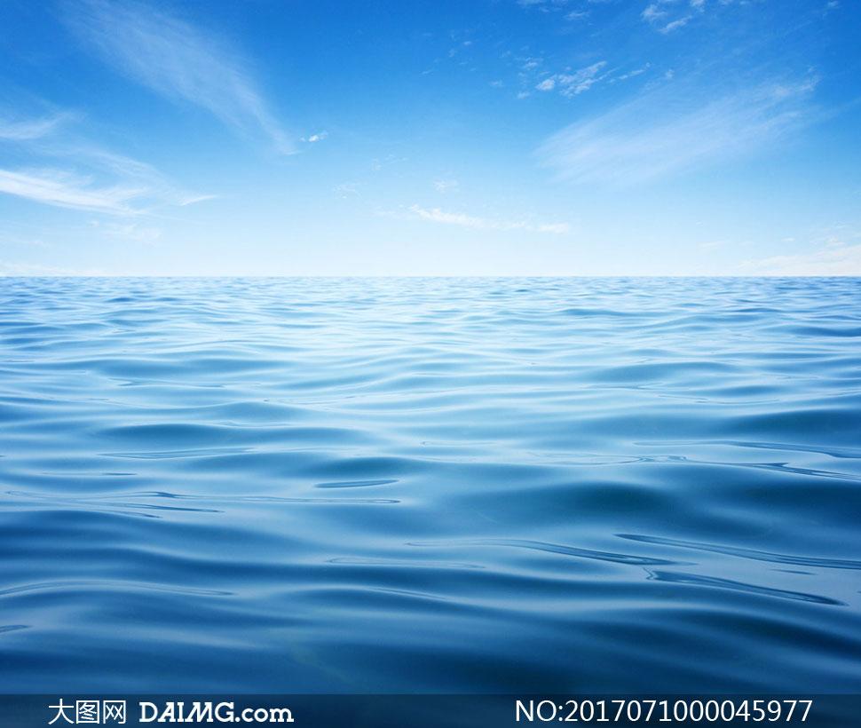 海浪流动的动画效果PS教程素材