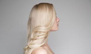 披肩卷发发型美女写真摄影高清图片