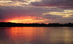 沈阳丁香湖夕阳美景摄影图片