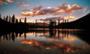 新龙湖晚霞美丽风光摄影图片