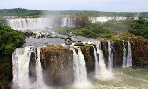 伊瓜苏瀑布壮观美景摄影图片