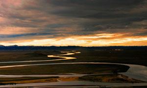 黄昏下的美丽黄河景观摄影图片