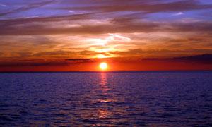 海上美丽的日落美景高清摄影图片