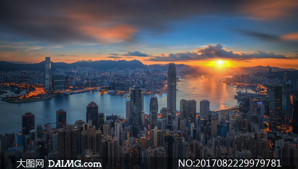夕阳下的香港城市风光摄影高清图片