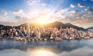 依山傍水的城市建筑群风光高清图片