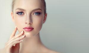 明亮双眸红唇美女人物摄影高清图片