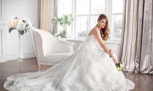 白色拖尾样式婚纱美女摄影高清图片