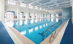 室内游泳场馆内部场景摄影高清图片
