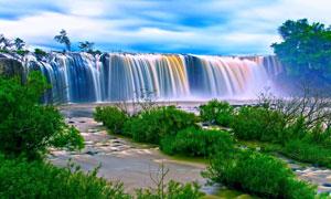 蓝天白云瀑布自然风光摄影高清图片