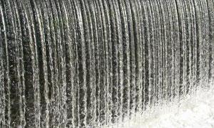 珠帘般的瀑布自然风光摄影高清图片