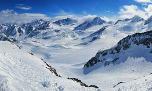 壮丽的雪山美景摄影图片