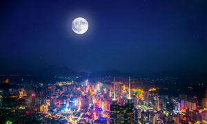 月光下美丽的城市夜景摄影图片