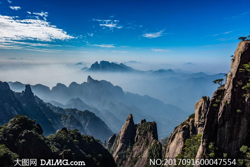 连绵的山峰和美丽云海摄影美高梅