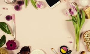 手机花朵与化妆工具等摄影高清图片