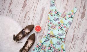 无袖长裙与女鞋等服饰摄影高清图片
