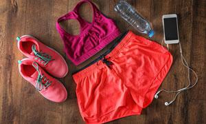 健身运动所需服饰装备摄影高清图片