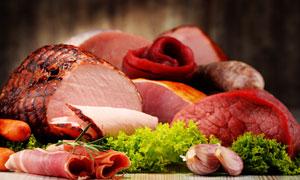大蒜生菜与各种肉食等摄影高清图片