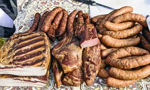 腊肉香肠等肉制品特写摄影高清图片