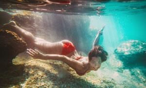 长腿美女人物水下写真摄影高清图片