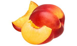 清洗干净并切好的桃子摄影高清图片