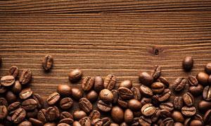 纹路清晰桌上的咖啡豆摄影高清图片
