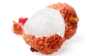 白玉般通透的荔枝果肉摄影高清图片