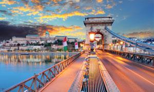 多瑙河上的链子桥景观摄影高清图片