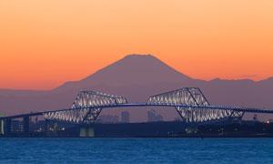 富士山与东京京门大桥摄影高清图片