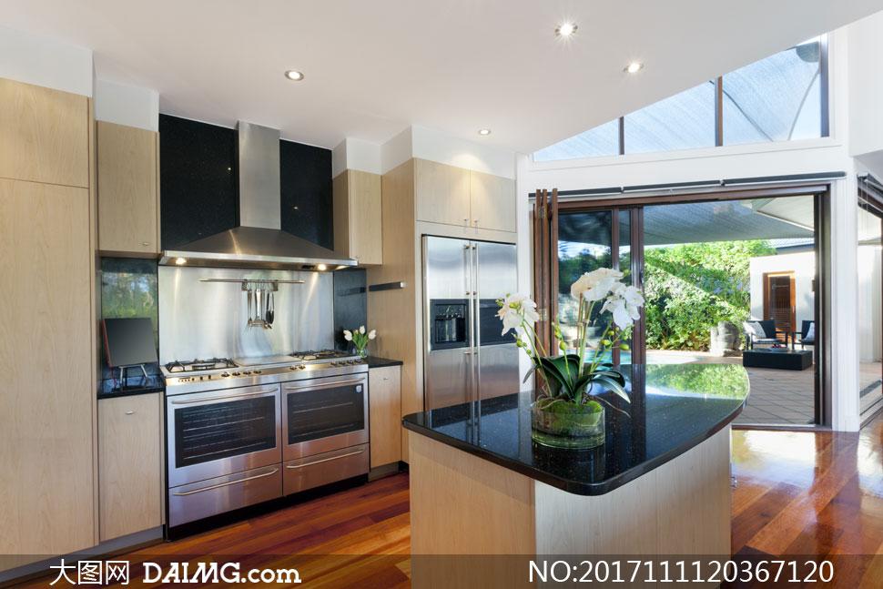 別墅豪華配置廚房內景攝影高清圖片