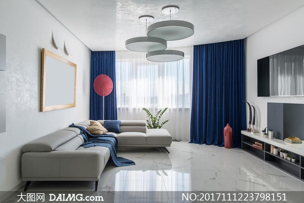 客厅沙发与电视机摆设布置高清图片