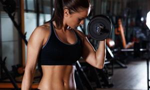 黑色运动装扮健身人物写真高清图片