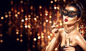 露肩抹胸装扮红唇美女摄影高清图片