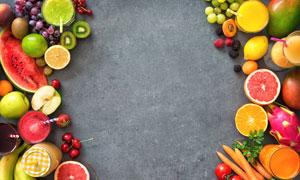 分列两边的水果与果汁摄影高清图片