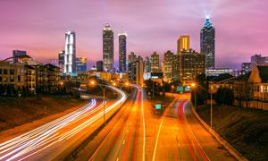 亚特兰大夜晚城市交通摄影高清图片