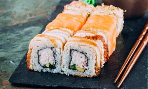 已经制作好的日本寿司摄影高清图片